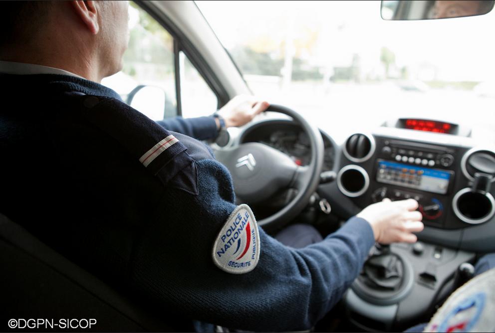 police radar voiture
