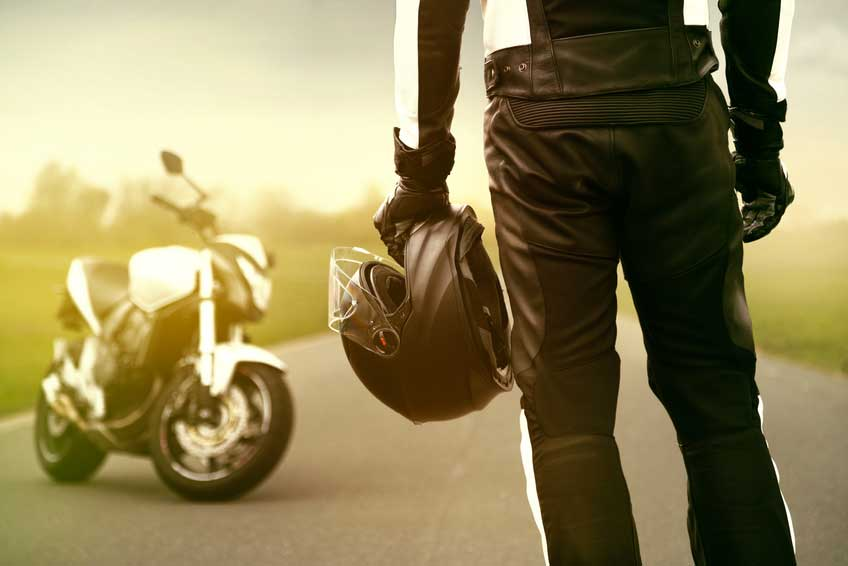 Quel équipement moto est obligatoire ?