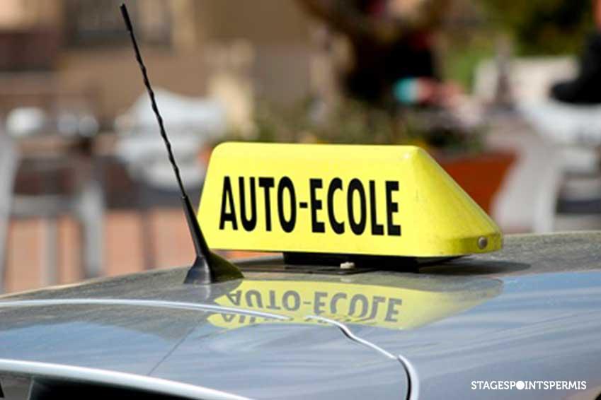 Une baisse du prix du permis de conduire annoncé par Macron