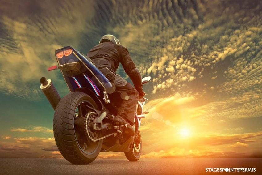 Pourquoi porter une dorsale moto et comment la choisir ?